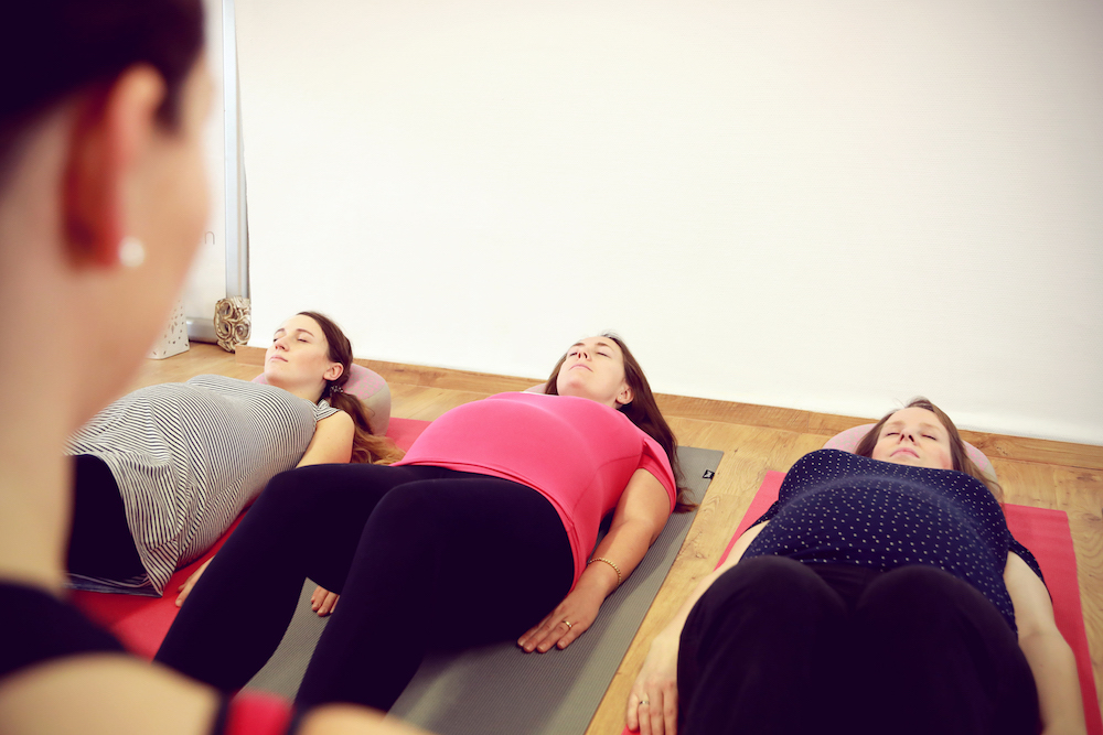 Frauen entspannen sich bei PMR in OHZ